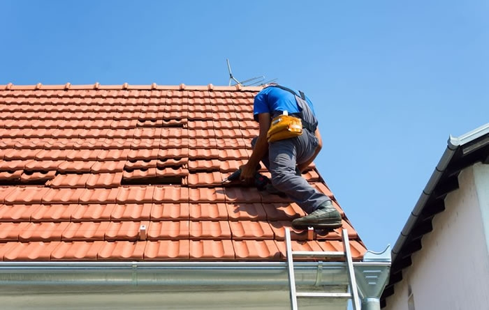 Finding a Residential Contractor to Repair Your Storm Damage